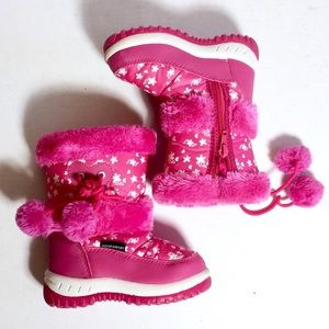 Adorababy snow boots size 8